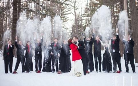 唯美雪景婚纱照片