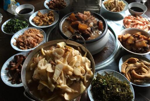 回家过年晒点浙西南的一个县城的年味