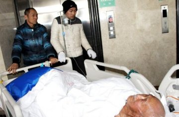 孝昌小河镇84岁老汉上县城途中莫名受伤