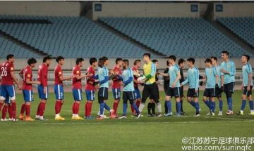 江苏4外援并肩首秀未破门 苏宁0-0建业