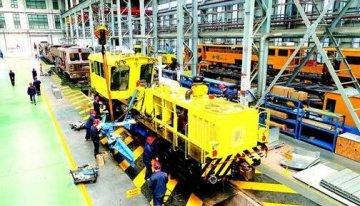 襄阳产大型铁路养路机首销东南亚市场
